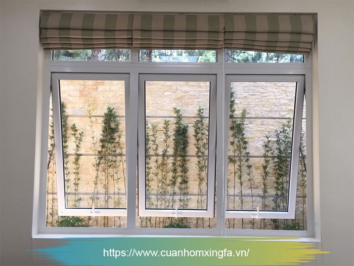 Cửa nhôm Xingfa mở hất màu trắng (cửa sổ)