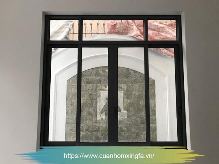 Cửa nhôm Xingfa trượt lùa màu đen sang trọng (cửa sổ)